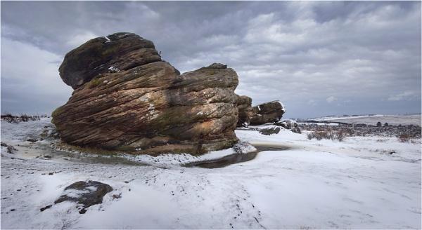Victory Stone, Birchen Edge by silverbells