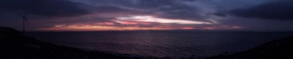 Early Stormy Sunrise by kaylesh
