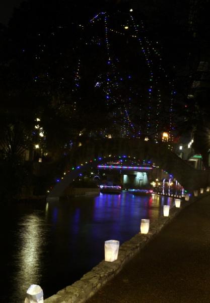 River  Walk Christmas by psu68