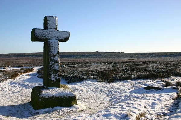 Stone Cross by Paulbee