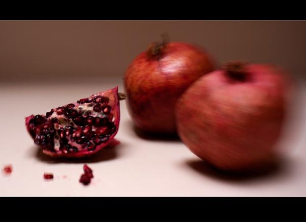 pomegranents by bliba