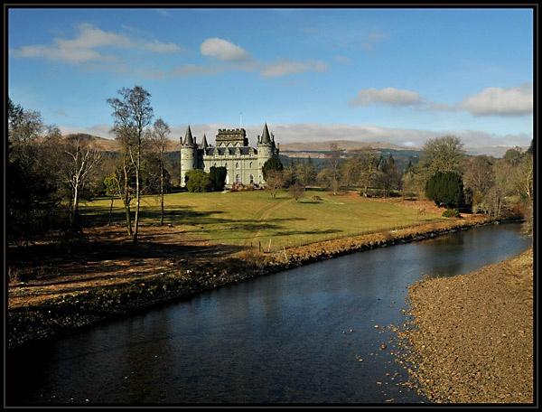 Inveraray Castle by viscostatic