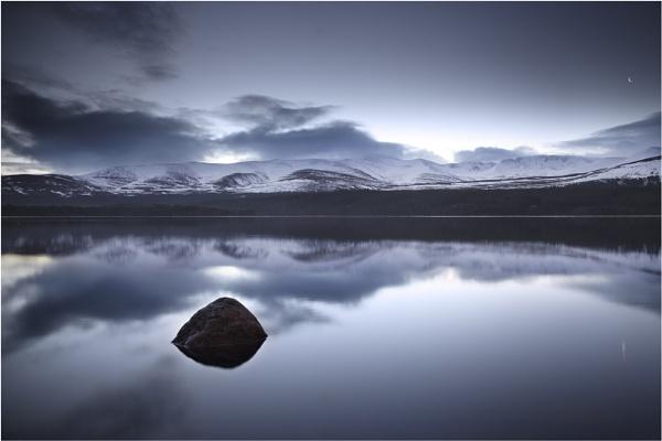 Dark Dawn by almiles