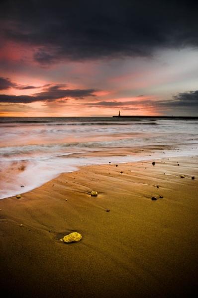 Roker\'s Red Sky in the Morning by PaulSwinney