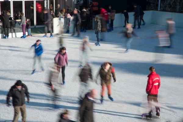 Skating at the Tower by jumbozine