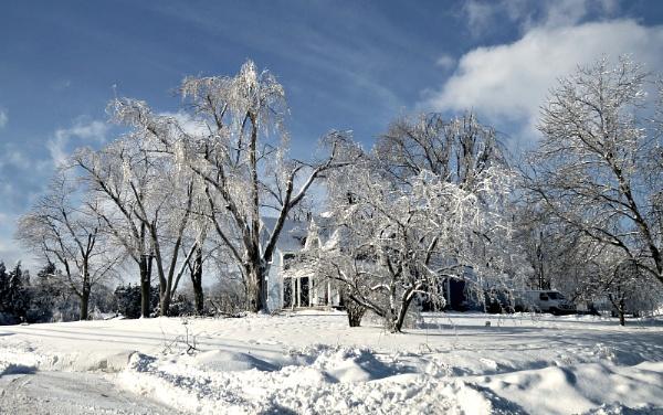 Ice World by doerthe