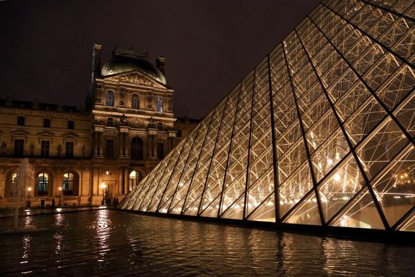 Musee du Louvre, Paris by Visoko1960