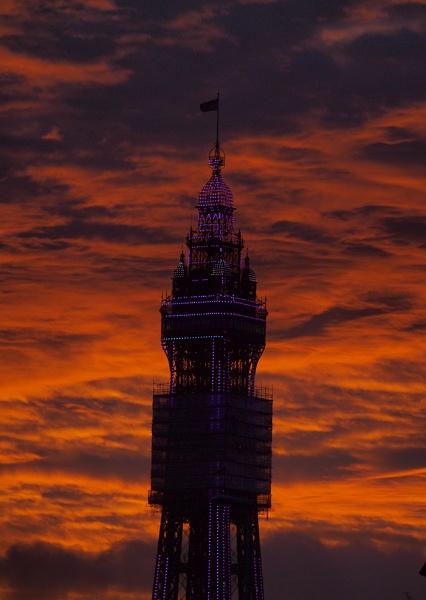 Blackpool Tower by chensuriashi