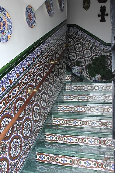 Spanish Stairwell by steevo