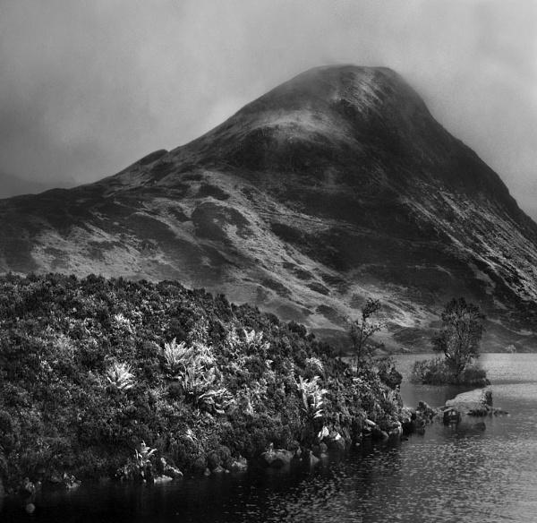 Loch Skeen by barral