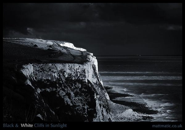 (Black &) White Cliffs in Sunlight by mattmatic