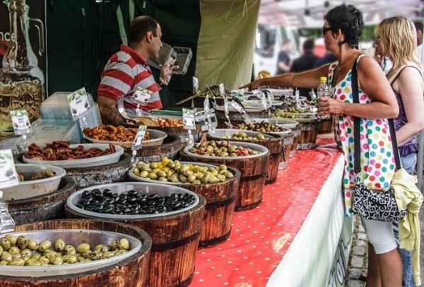 Olive Trader by jason_e