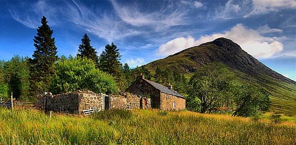 Little old house by karen61