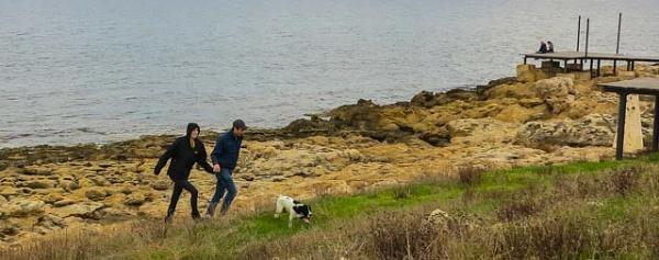 walk on the seaside... by meniko