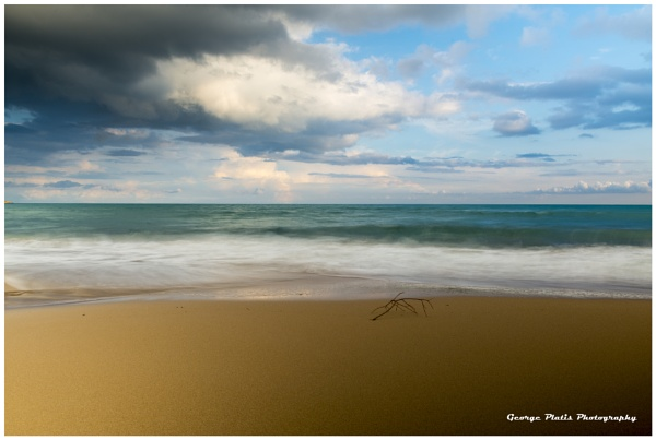 Lonely Beach by GeorgePlatis