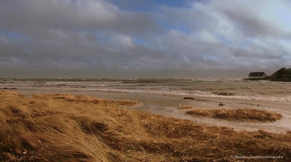 Rising tide 2 by STEVELIN