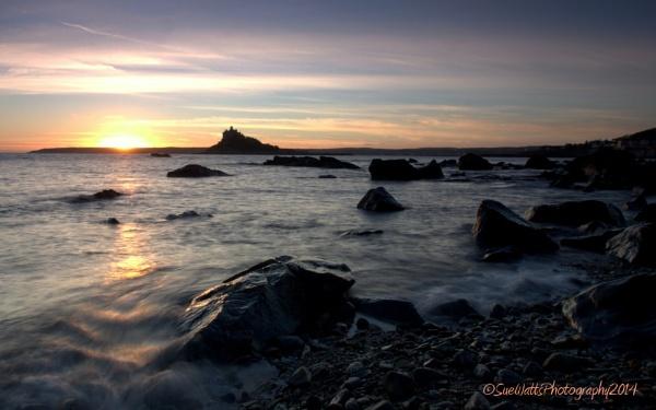 St Michaels Mount Sunset by suewatts
