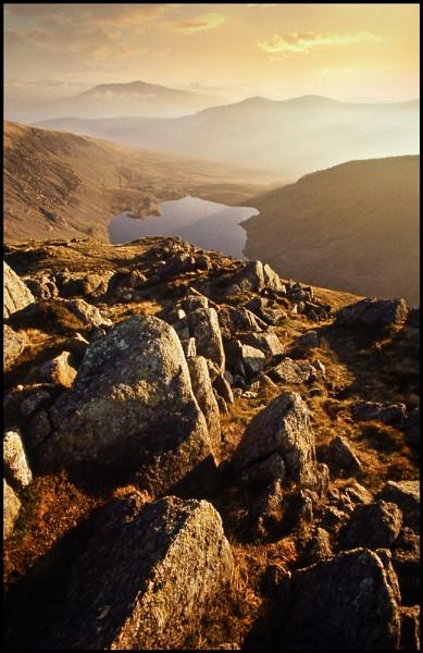 Carnedd Llewellyn summit. by Niknut