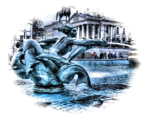 Water Fountain Trafalgar Square by Hamlin