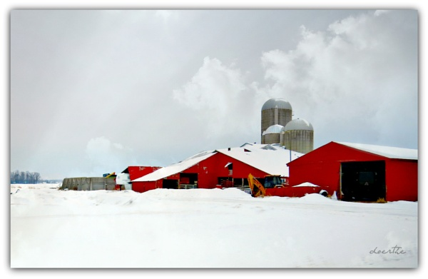 Winter Farm by doerthe