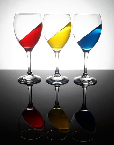 Glass 3 by cattyal