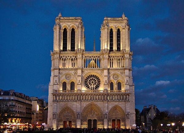 Notre Dame by Steven_Tyrer