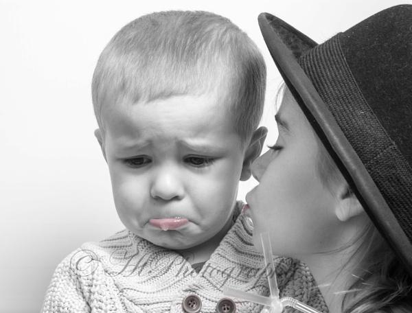 Sad boy by elliemoo