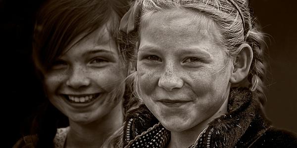 Katie and Emma by Dixxipix