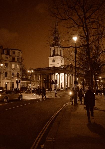 St Martin\'s in the Fields, Trafalgar Square, London by dudler
