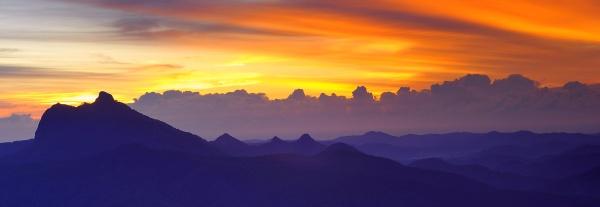 Mount Warning sunrise by steevo46