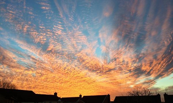 Big skies by Blundez