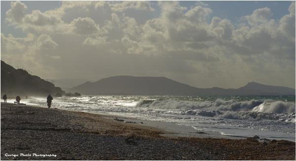 Walk on the beach by GeorgePlatis