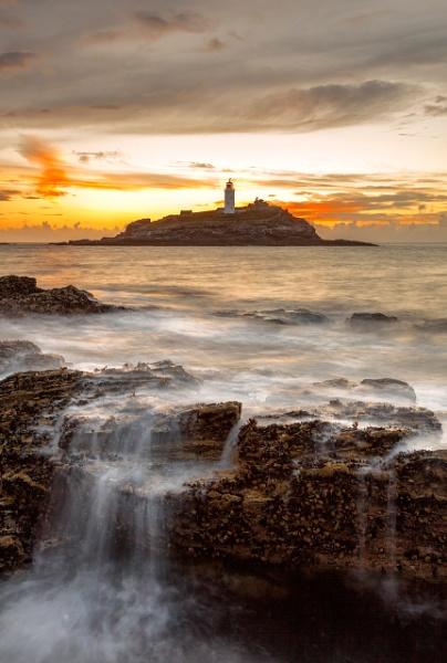 Godrevy Lighthouse on Godrevy Island by andyfox
