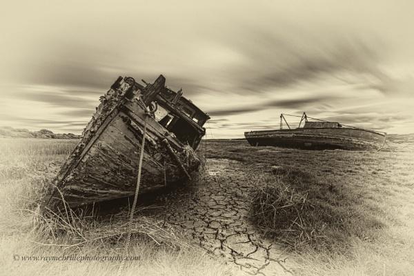 Abandoned&Grounded by razorraymac