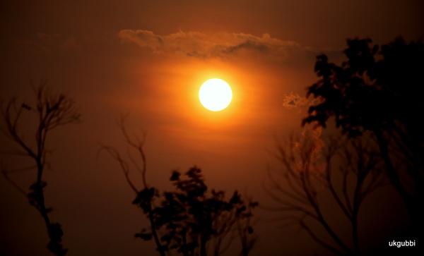 Sun set by ukgubbi