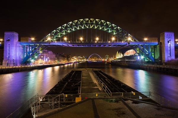 Down Tyne by IanClamp