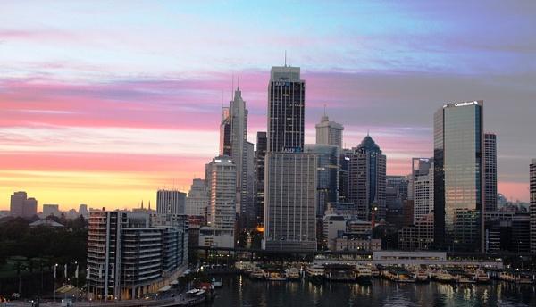 Sydney Skyline by salfordcityred
