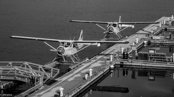 Floatplanes - Coal Harbour, Vancouver BC by Swarnadip