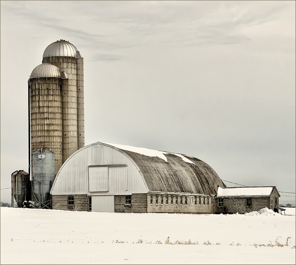 Dairy Barn by taggart