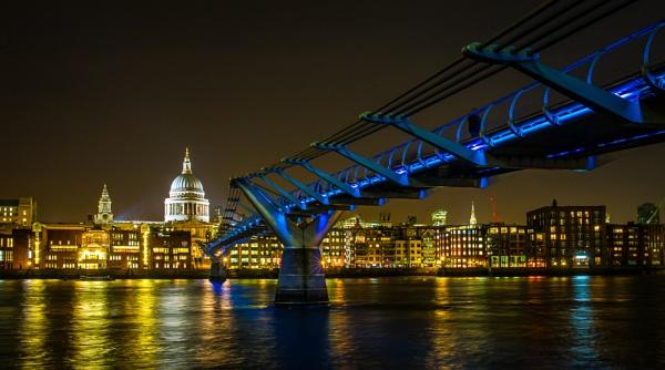 London Lights... by billydo