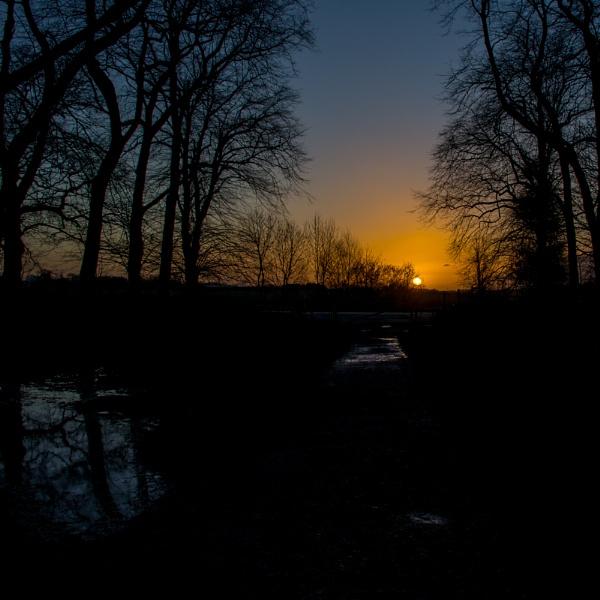 Swillington Sunrise by Loudon
