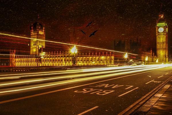 Slow shutter Westminster bridge by brendish