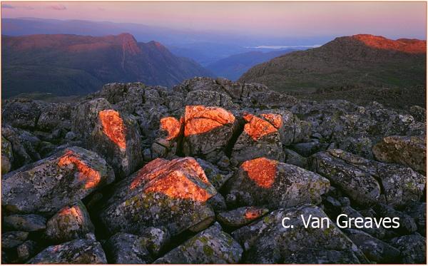 Stone Glow by vangreaves