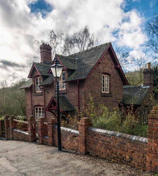 Victorian House by Kilmas