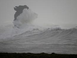 A stormy Dún Síon