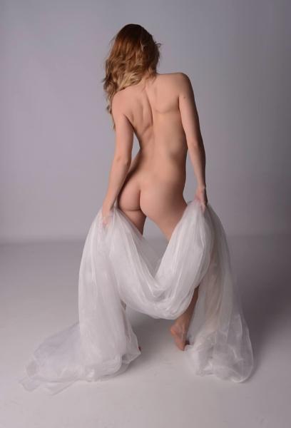 Artistic nude by Sreidser08