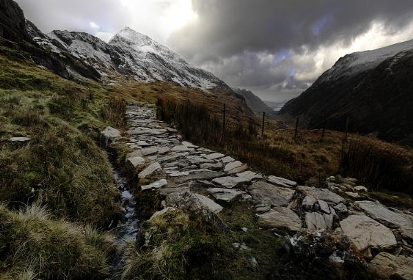 Snowdon path by wenlock