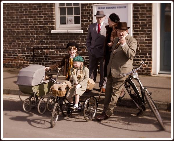 WW2 Family by capto