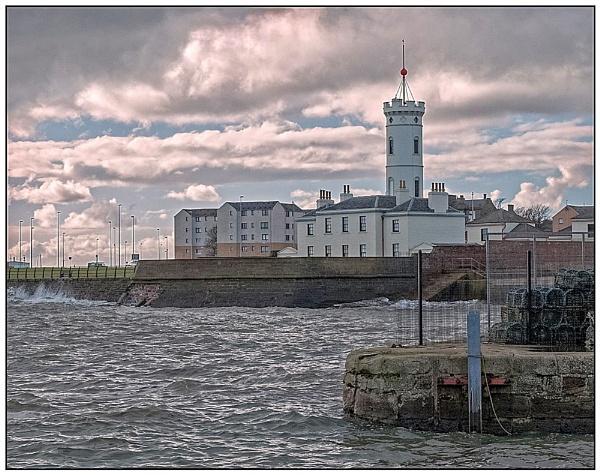 Signal Tower by lenocm