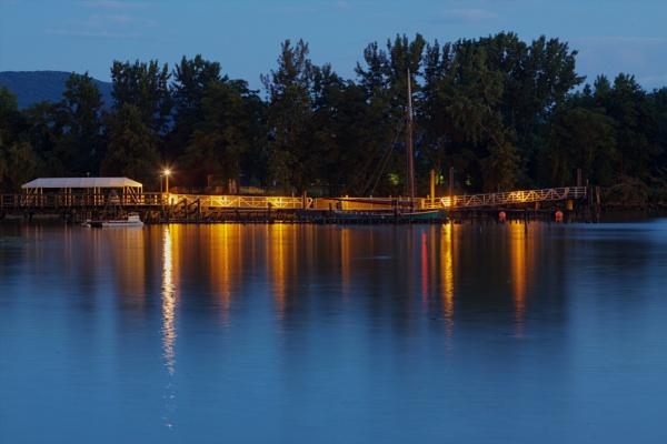 Boat dock in Beacon, NY. by paulvo